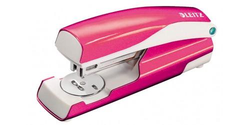 Leitz nietmachine 5502 roze metal